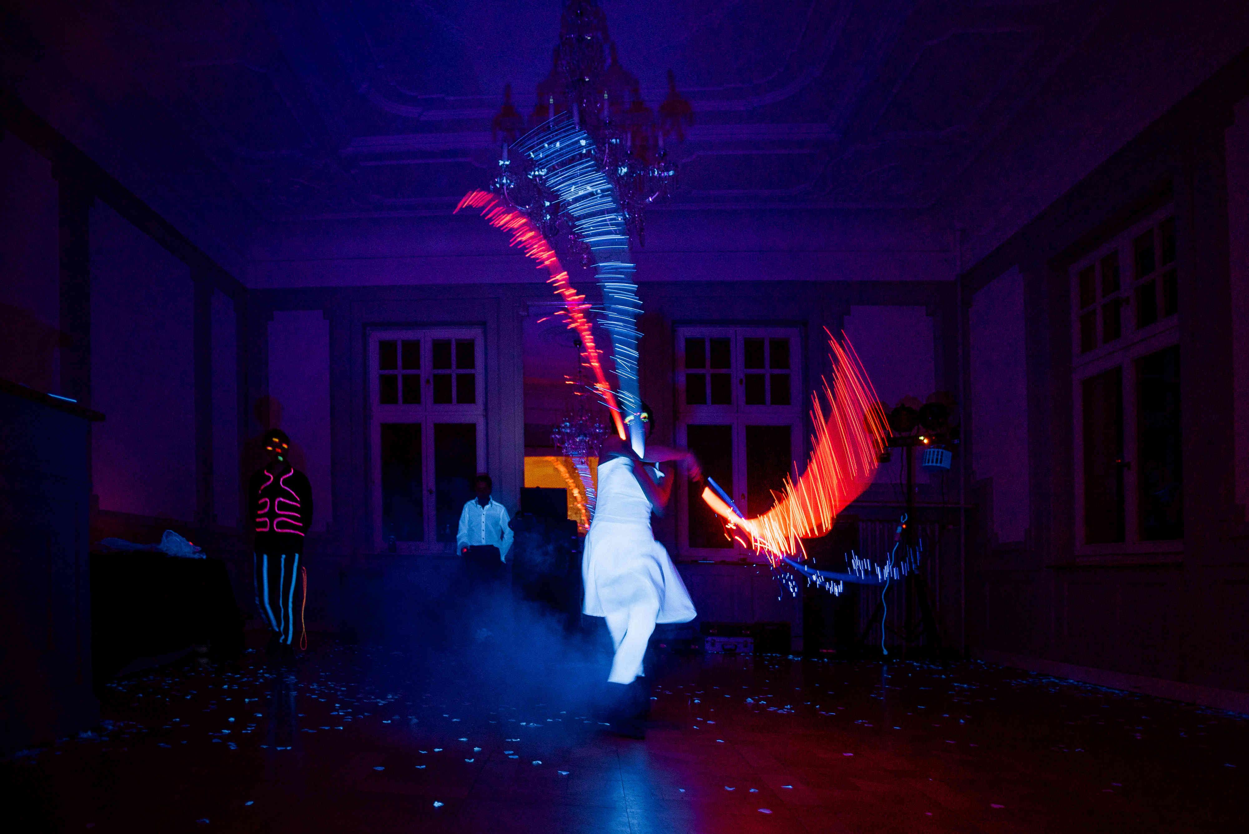 Lichtshow Schwarzlicht LED Show & Spektakel